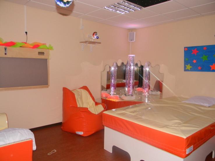 snoezelen. Black Bedroom Furniture Sets. Home Design Ideas