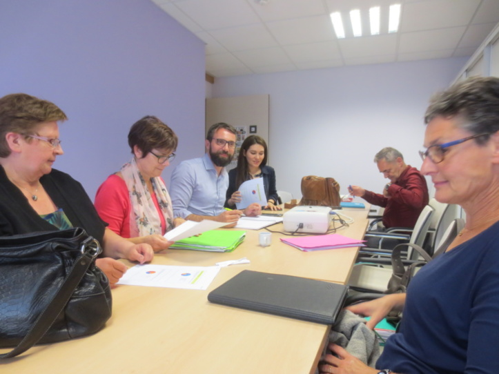 Les membres du comité de pilotage à l'EHPAD St Charles à Vézelise .