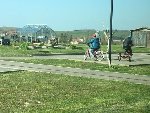 Vélo dans un espace de confinement inédit