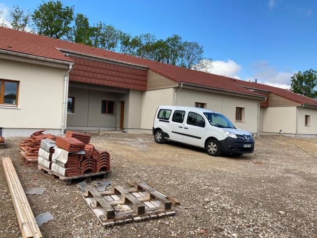 Maisons passives pour seniors à Omelmont.