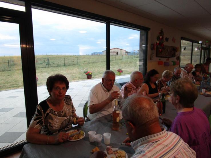 Pour les bénévoles qui oeuvrent dans l'ombre, c'est l'occasion de retrouver le foyer et sa petite ferme.