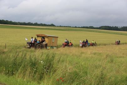 Un défilé de quinze tracteurs dans le Saintois