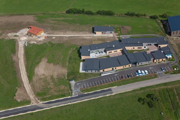Le FAS avec la petite ferme lors de son ouverture en 2011.
