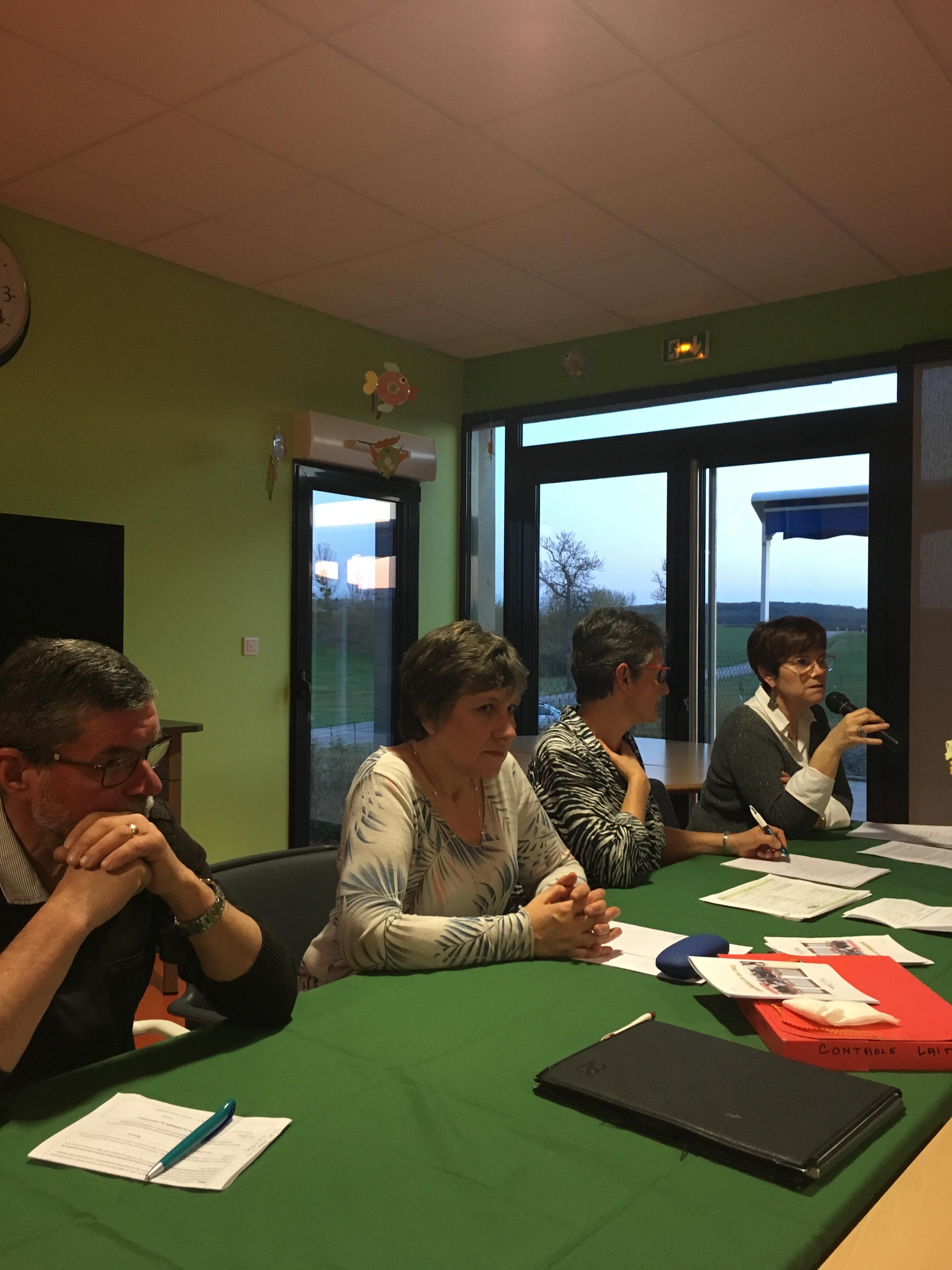 De gauche à droite , Christian Thouvenot, trésorier, Sylvie Marchand, vice-présidente, Dominique Griffaton, présidente, et Corinne Gasperini, directrice du FAS.