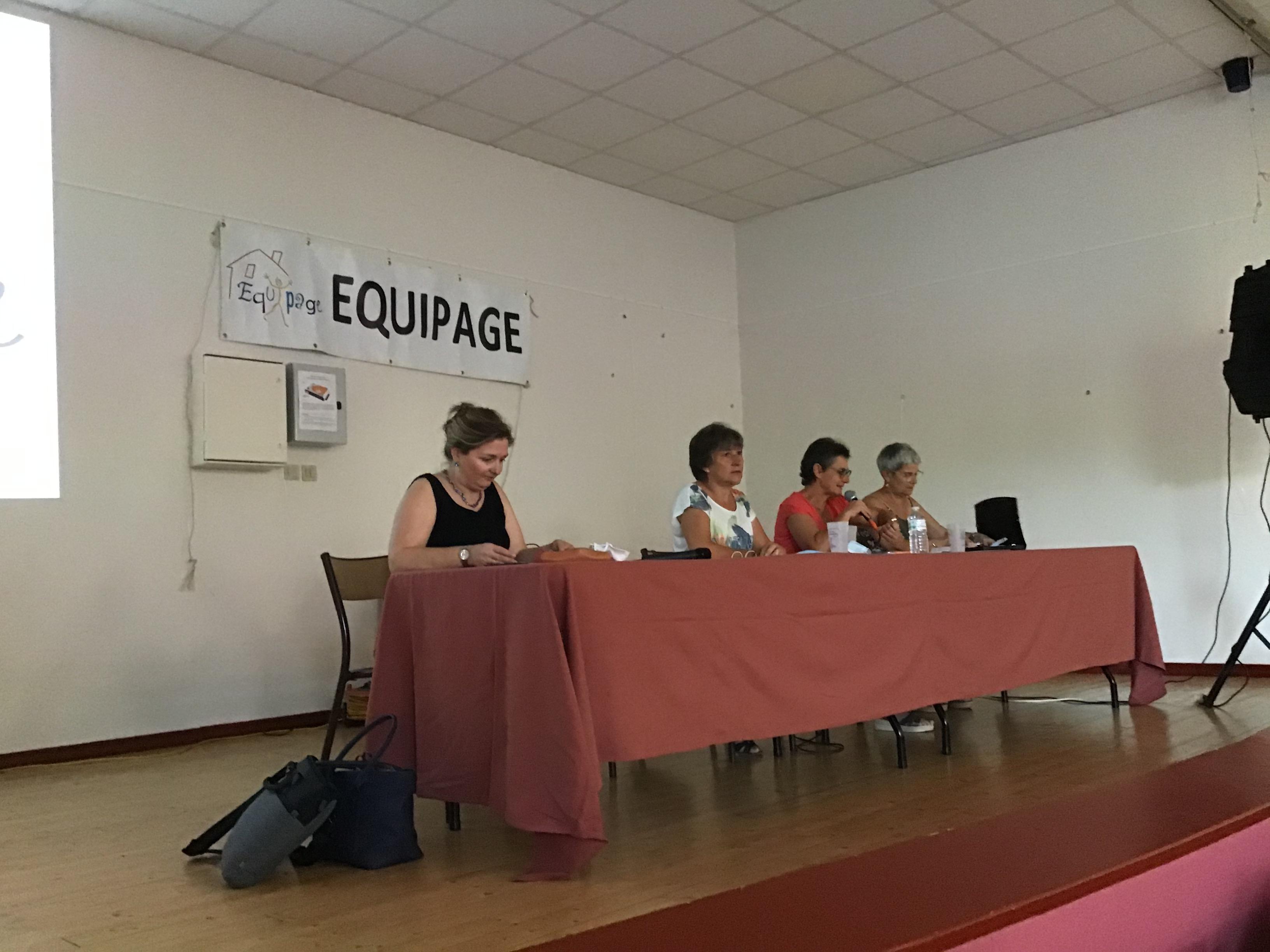 Stéphanie Petit, aux côtés de Sylvie Marchand,  Dominique Griffaton et Corinne Gasperini